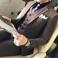 新款秋冬季小西装男休闲两粒扣西服学生英伦帅气西服三件套装