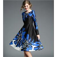 秋冬新款名媛气质唯美印花圆领长袖收腰小黑裙撞色复古连衣裙