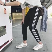 男士休闲裤韩版潮流春季运动裤学生三条纹修身小脚男装哈伦长裤子