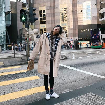 秋冬新款韩版女装时尚百搭宽松连帽收腰风衣女中长款两面穿外套 发货周期:一般在付款后2-90天左右发货,具体发货时间请以与客服协商的时间为准