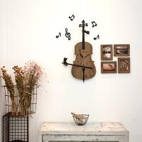 个性艺术装饰时钟木质咖啡厅墙壁挂钟可爱卡通小提琴壁钟 浅棕色 赠送相框 14英寸