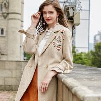 冬装新品 人字纹呢大衣绣花宽松长款毛呢外套D743426D00