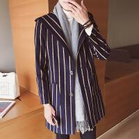 新款秋冬新品男风衣外套韩式修身带帽呢大衣学院风条纹休闲妮子上