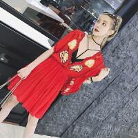 夏装新款性感女神深V领棉麻刺绣图案流苏喇叭袖收腰连衣裙