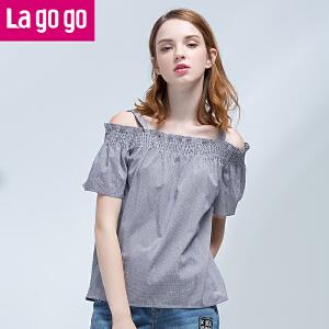【618大促-每满100减50】Lagogo2017夏季新款吊带露肩宽松格子T恤小清新一字领短袖上衣女