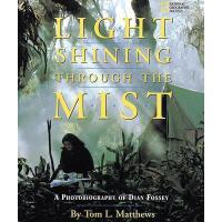 【预订】Light Shining Through the Mist