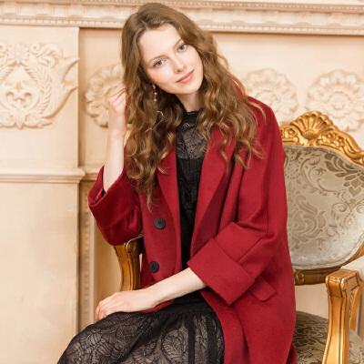 冬装新品 西装领长大衣宽松保暖羊毛呢外套女D741079D00 发货周期:一般在付款后2-90天左右发货,具体发货时间请以与客服协商的时间为准