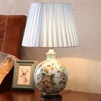 欧式台灯 卧室 床头灯温馨陶瓷田园创意婚庆装饰床头台灯