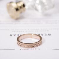 日韩版钛钢镀玫瑰金磨砂戒指情侣对戒男女款尾戒子彩金食指环饰品