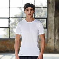 特步男子短袖运动T恤综训跑步健身运动短袖轻便弹性透气简约纯色882129019294
