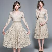 蕾丝连衣裙女士2018新款秋装长袖修身显瘦中长款裙子大码气质长裙