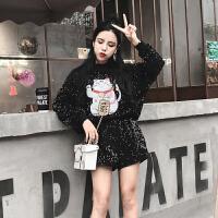 2018春秋新款韩版招财猫亮片半高圆领套头卫衣+亮片阔腿短裤套装