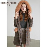 诗篇女装2018冬季新款学院纹拼接连帽狐狸毛领大衣女外套