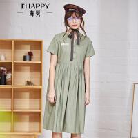 海贝2018夏季新款女装 立领字母印花中长款大摆褶皱文艺风连衣裙