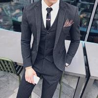 新款秋冬男士西装修身潮流S小码西装英伦休闲条纹职业西服三件套