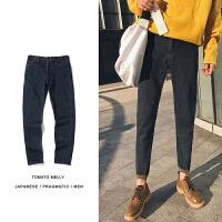 2018潮流春季新款韩版男士牛仔裤子修身日系纯色黑色显瘦小脚裤潮