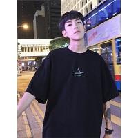 港风2018夏季新款简约字母圆领短袖男韩版学生t恤潮流宽松打底衫