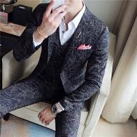 新品18春秋男士潮流韩版修身印花西服三件套青年男式休闲免烫西装