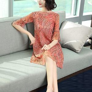 哆哆何伊2018新款女装春装中长款雪纺连衣裙宽松大码圆领减龄裙子