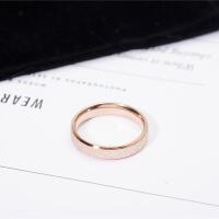 韩版时尚18k玫瑰金磨砂情侣戒指女对戒指环尾戒小指食指钛钢饰品
