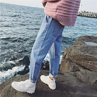 春装日系复古刺绣哈伦裤男潮宽松牛仔裤时尚水洗小脚裤子男潮 发货周期:一般在付款后2-90天左右发货,具体发货时间请以与客服协商的时间为准