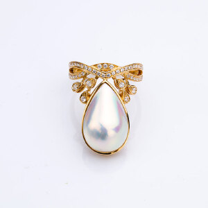 18k金镶嵌深海玛贝珍珠戒指
