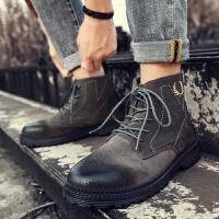 男士马丁靴男潮英伦风高帮工装靴布洛克复古皮靴沙漠短靴中帮军靴