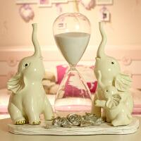 创意一家三口大象摆件结婚礼物电视柜玄关沙漏客厅家居装饰品酒柜