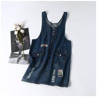 女装韩版学院风个性潮款贴布抓痕牛仔背带连衣裙CY