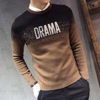 秋冬季圆领打底男装韩版修身外套男男士毛衣英文字母刺绣渐变毛衣
