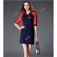 欧洲站秋季新款V领五分袖短裙女撞色刺绣修身收腰休闲连衣裙