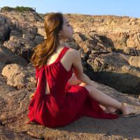 度假沙滩裙女夏2018新款波西米亚长裙性感露背吊带裙子红色连衣裙
