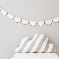 云朵抱枕布艺靠垫家居软装饰品异形腰靠枕北欧风格装饰礼物