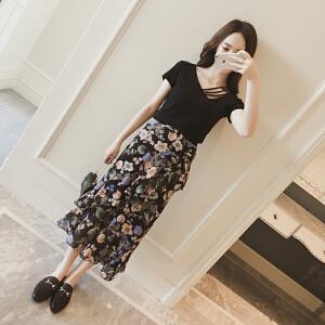哆哆何伊时尚套装女矮个子夏季新款2018韩版显瘦T恤女碎花半身裙两件套