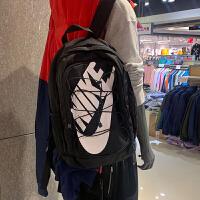 耐克正品nike运动双肩背包学生轻便书包旅行包BA5217男女款户外