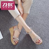 ZHR2018夏季新款厚底松糕凉鞋韩版真皮坡跟女鞋一字扣平底休闲鞋Z23