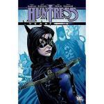【预订】Huntress Year One