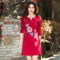中国风连衣裙春装新款中长款纯棉领口小V盘扣 修身长袖打底裙