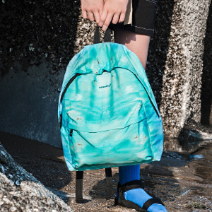 【支持礼品卡支付】soundbyte休闲情侣潮包蓝色云朵学院风帆布书包旅行双肩背包