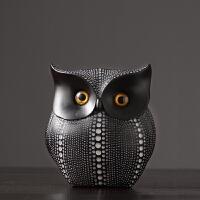 北欧摆件现代简约家居办公室装饰品摆设软装树脂创意工艺品猫头鹰