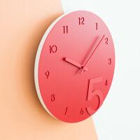 钟表挂钟客厅卧室现代简约圆形数字时钟石英钟表挂表