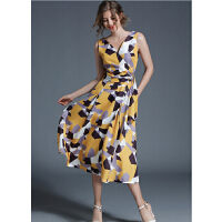 夏季新款V领几何印花背带连衣裙长裙女系带无袖背心碎花A字裙