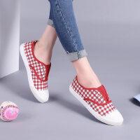 骆驼牌女鞋 新款套脚帆布鞋女平跟格子时尚韩版休闲女鞋