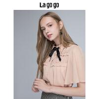 【5折价129.5】Lagogo2018夏季新款粉色木耳边飞飞袖衬衫女短袖雪纺衫系带上衣HACC334F24