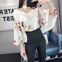 2018春季新款韩版宽松九分喇叭袖V领花色雪纺衫女显瘦上衣