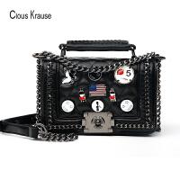 ClousKrause 英伦CK新款女士斜挎包简约潮流单肩包欧美风时尚徽章包