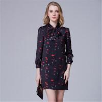 时尚红唇印花长袖打底连衣裙修身一步裙女装春装新款配领结