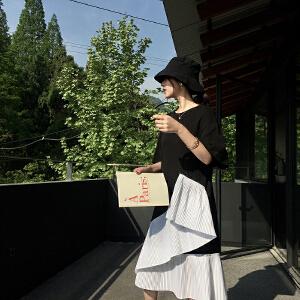 下摆不规则拼接开叉宽松连衣裙女夏季中长款显瘦短袖t恤裙子