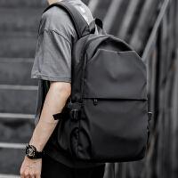 双肩包男士轻便初中大学生书包简约时尚电脑潮流旅行男包背包休闲