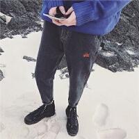 2017春季权志龙同款刺绣哈伦牛仔裤港风复古宽松微垮小脚裤子男潮